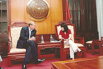 Marc Kealey, pictured left meets with Vietnam Minister of Health Nguyễn Thị Kim Tiến at their meeting in Hanoi in late summer 2012 to discuss investment in hospital project